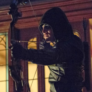 "Arrow S2E1: ""City of Heroes"" – REVIEW"